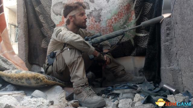《使命召唤》粉丝传奇故事 只身赴叙利亚对抗ISIS